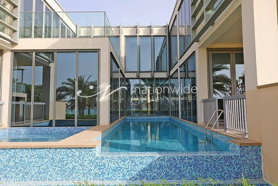 1 Sun-drenched Beachfront Villa w/ Private Pool In Al Zeina