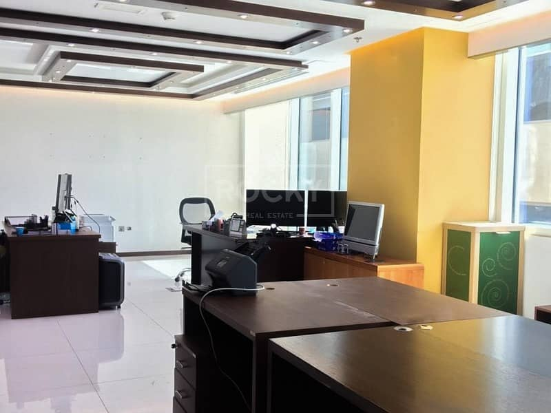 Fully Fitted | Office with Glass Partition | 5 Parking