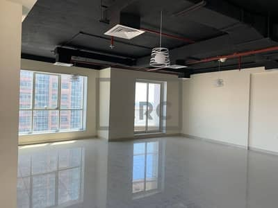 Office for Rent in Jumeirah Lake Towers (JLT), Dubai - Stunning Office   Fitted with Balcony   Mid Floor