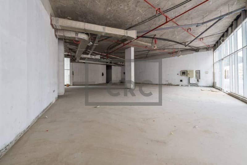 Prime Location|6 parkings|Shell & Core