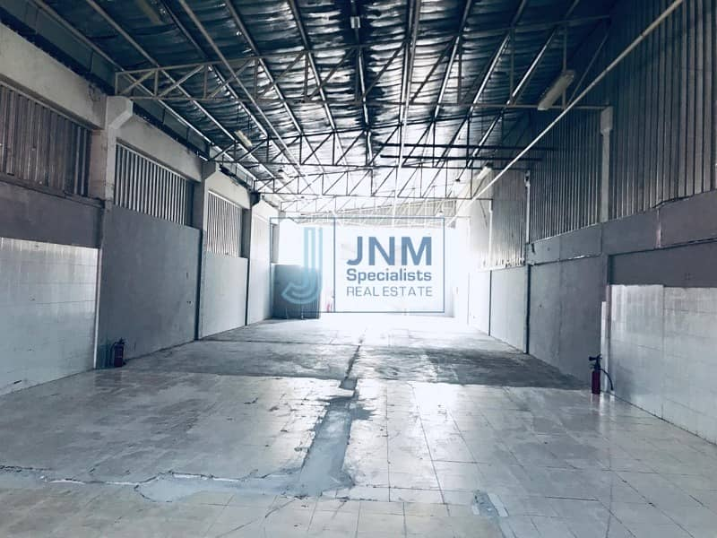 12 4000 sqft warehouse close to main road in a qouz