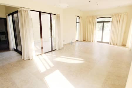 4 Bedroom Villa for Rent in Mudon, Dubai - Great neighbourhood|Next to community facilities and centre