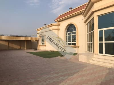 Villa for Rent in Al Jurf, Ajman - * Villa for rent suitable for any commercial activity or family housing in the Al Jarf area, an area of 15,000 feet, consisting of 9 rooms