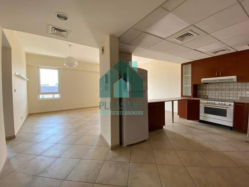 12 Specious |2BR Laundry||Full Garden View| Apt For Rent.