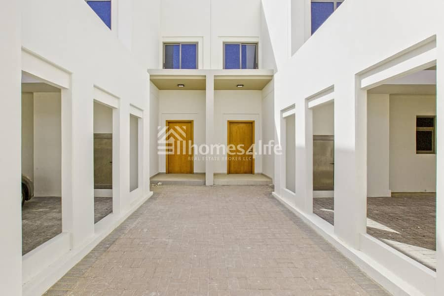 11 Be Amazed to its Fantastic View| Ready To Move In | Call To View