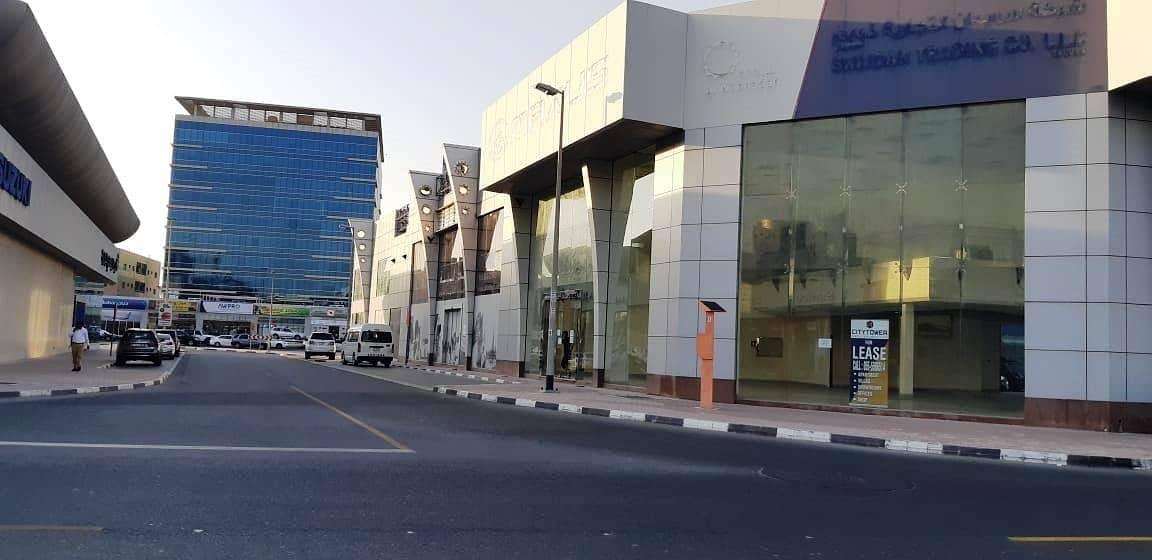 8 HUGE Showroom in Port Saeed Near DNATA Deira