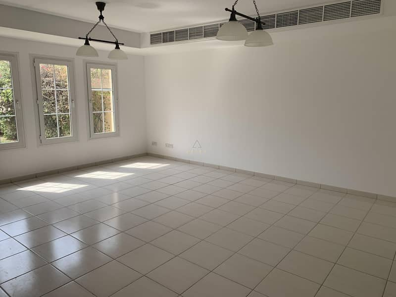 2 Type 3E | Well maintained 3 BR w/ Study | Springs 9