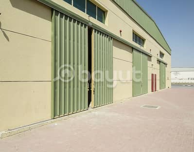 Warehouse for Rent in China Mall, Ajman - Shubra for rent in a great location near the Chinese market and a fantastic price taking into account the current crisis 38 thousand only for this year