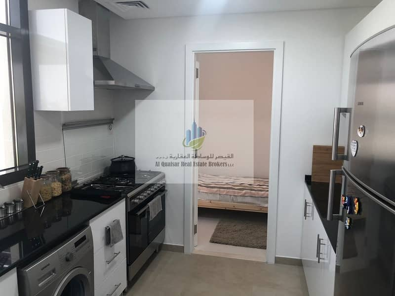 9 4 independent rooms Sama Majlis without service fees for life