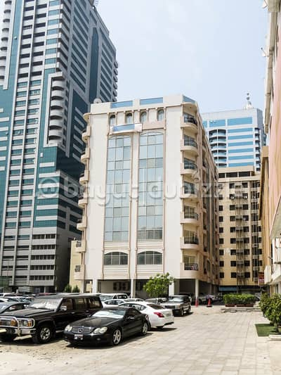 2 Bedroom Flat for Rent in Al Majaz, Sharjah - HOT OFFER 30 DAYS FREE SPACIOUS 2BHK WITH BALCONY ONY 29K