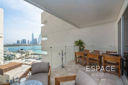 3 Bedroom Apartment for Sale in Palm Jumeirah, Dubai - Largest 3 Bed - Full Sea View - Direct Access to Beach