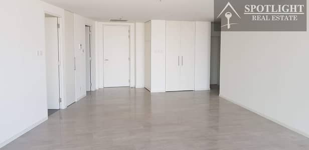 3 Bed Room For Rent D1 Tower Lake View
