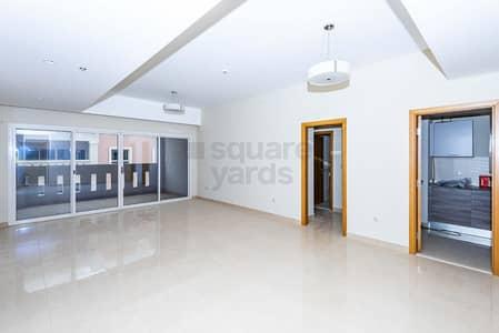 2 Bedroom Flat for Rent in Dubai Investment Park (DIP), Dubai -  Spacious 2 Beds Apt plus Maids