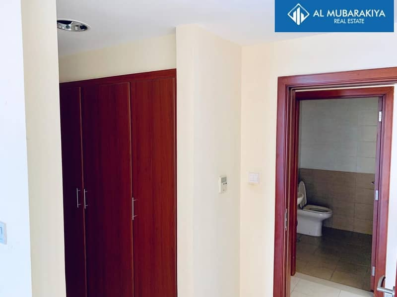2 1 Month Rent  Free -  Sea View 1BHK
