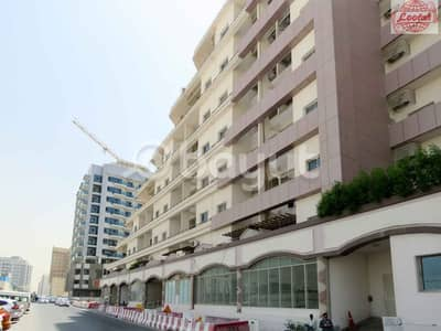 محل تجاري  للايجار في القصيص، دبي - Affordable Shop For Rent in Al Tasaheel Building