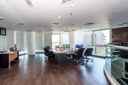مکتب  للايجار في أبراج بحيرات الجميرا، دبي - Fitted Office w Partitions | 7 Parking Spaces