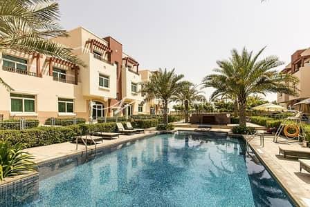 2 Bedroom Flat for Rent in Al Ghadeer, Abu Dhabi - Vacant! Modern Terraced 2 Br Apartment In Al Ghadeer