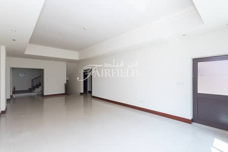 تاون هاوس 3 غرف نوم للايجار في نخلة جميرا، دبي - Spacious Townhouse | Golden Mile | Avbl end July