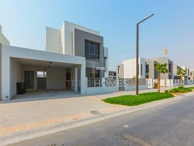 فیلا 3 غرف نوم للايجار في دبي هيلز استيت، دبي - Good Location | Near Entrance | Call Now
