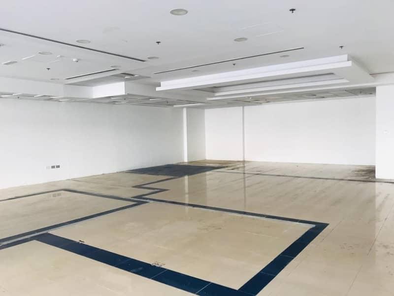 7 Showroom for rent in Karama