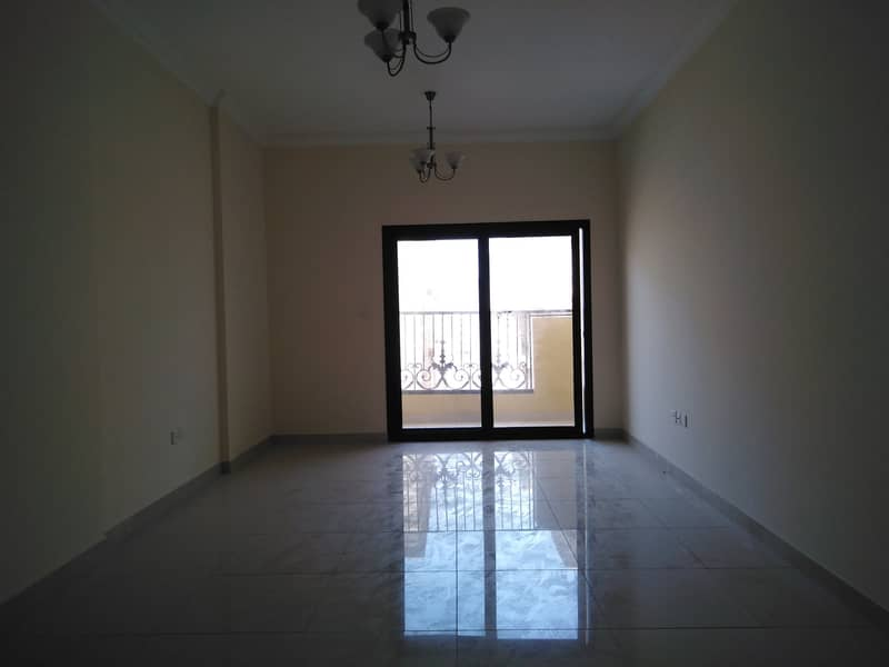 Huge 2bhk apartment only 40k in muwailah university area sharjah very popular location