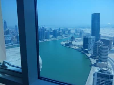 2 Bedroom Flat for Sale in Business Bay, Dubai - STUNNIG BURJ KHALIFA AND LAKE VIEW ! TWO BED IN BUSINESS BAY