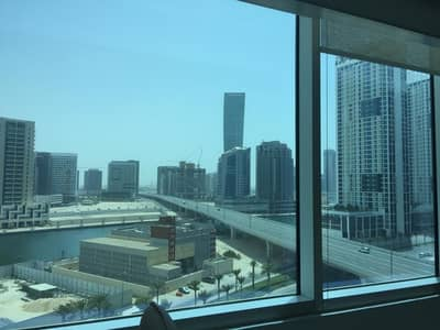 Office for Sale in Business Bay, Dubai - MODERN FULLY FURNISHED OFFICE FOR SALE ! 5 COVERED PARKING