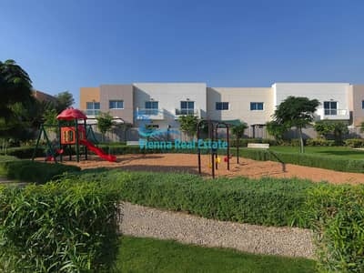 فیلا 3 غرف نوم للبيع في الريف، أبوظبي - HOT DEAL VACANT 3 BED VILLA IN AL REEF FOR SALE 1.35M