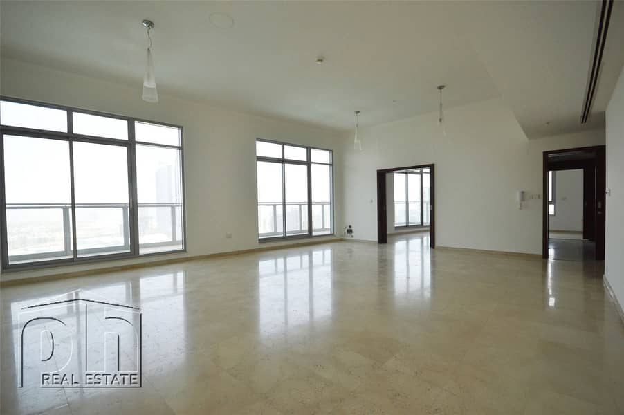 2 Stunning Penthouse Apartment with Unparalleled Burj Khalifa and Fountain View