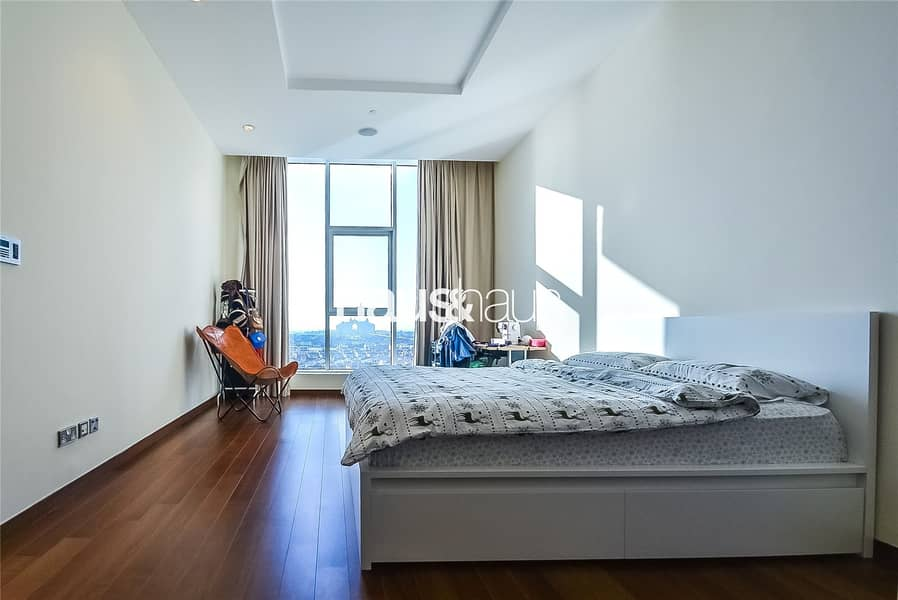 10 High Floor | Sea View with 2 Parking Spaces