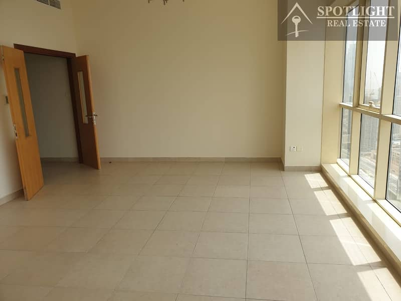 2 Bed+Chiller Free +6 Cheques +Near Metro