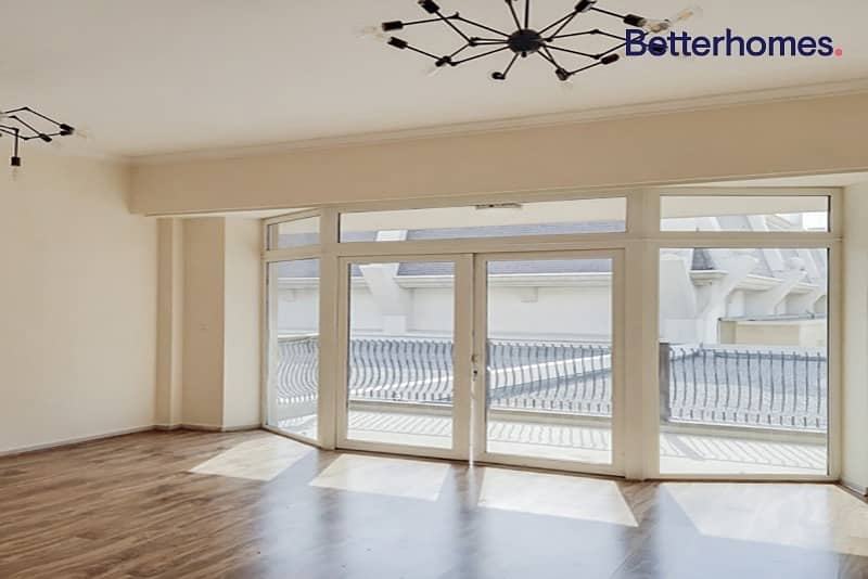 1 Month Free   Stunning 1 BR   Spacious Balcony