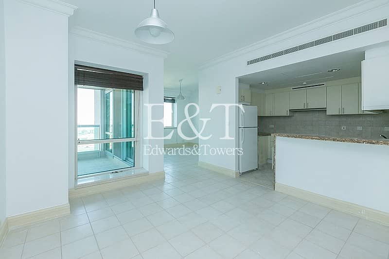 2 Vacant on Low Floor   Beautiful One Bed + Study