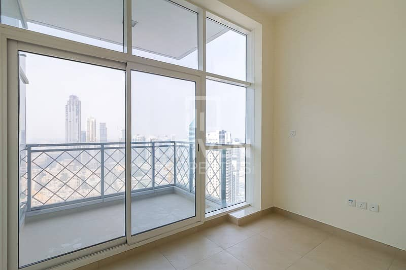 22 2 BR Apt+Study with Balcony and 5* Facilities