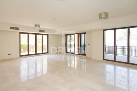 4 Bedroom Villa for Sale in Palm Jumeirah, Dubai - Brand New 4 Bed Villa with Full Sea View
