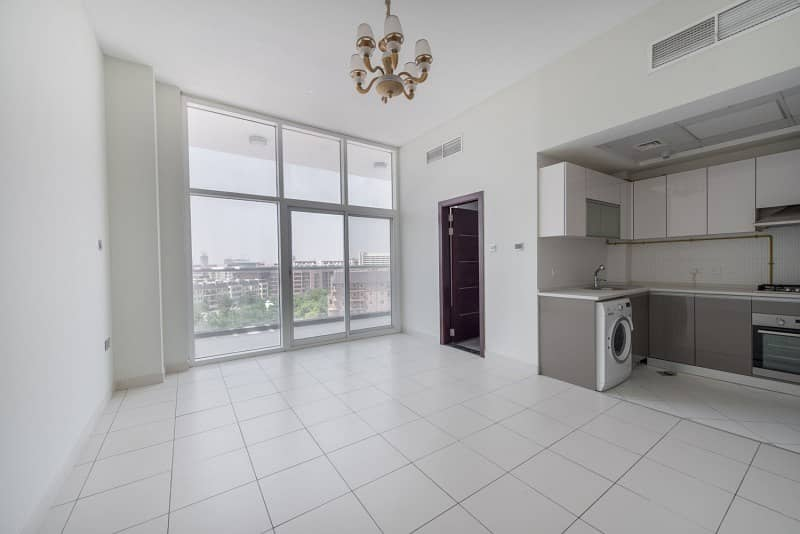 2 Spacious Modern Studio | With Kitchen Appliances | Available 1st October