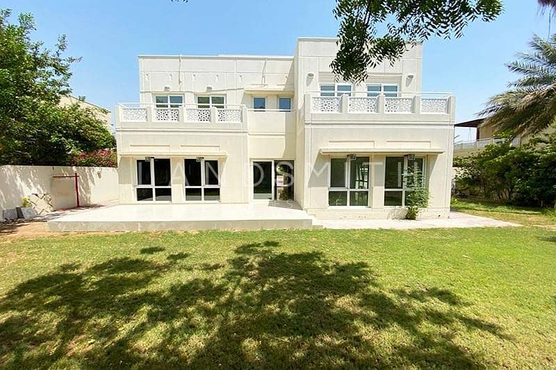 Vacant Type 7 Upgraded 5BR Villa in Meadows 1