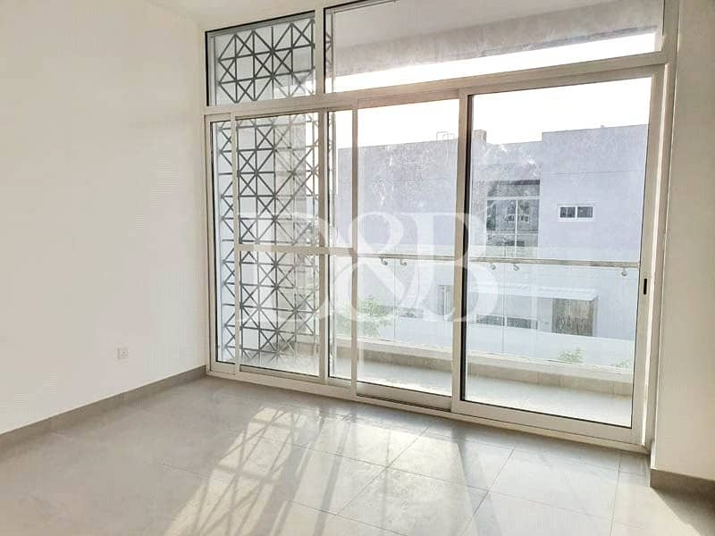 2 Type A | End Unit | On Pool and Park | Best Deal