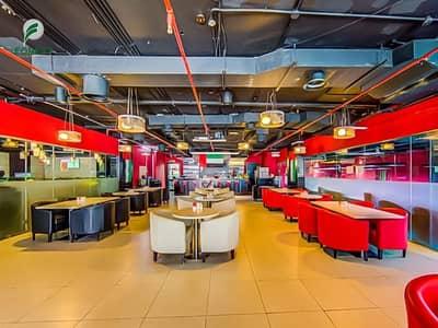 محل تجاري  للايجار في دبي مارينا، دبي - Fitted Space Shop Well Maintained Vacant