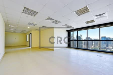 Office for Sale in Jumeirah Lake Towers (JLT), Dubai - ROI- 7.5% Net Fully Fitted Unfurnished Panoramic View/ Tenanted
