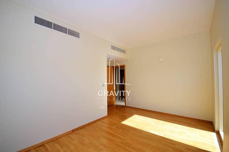 2 Dazzling 4BR Villa W/ Rent refund | Inquire now