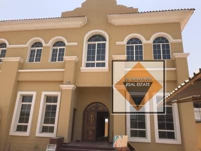 فیلا 4 غرف نوم للايجار في حوشي، الشارقة - فیلا في حوشي 4 غرف 85000 درهم - 4743566