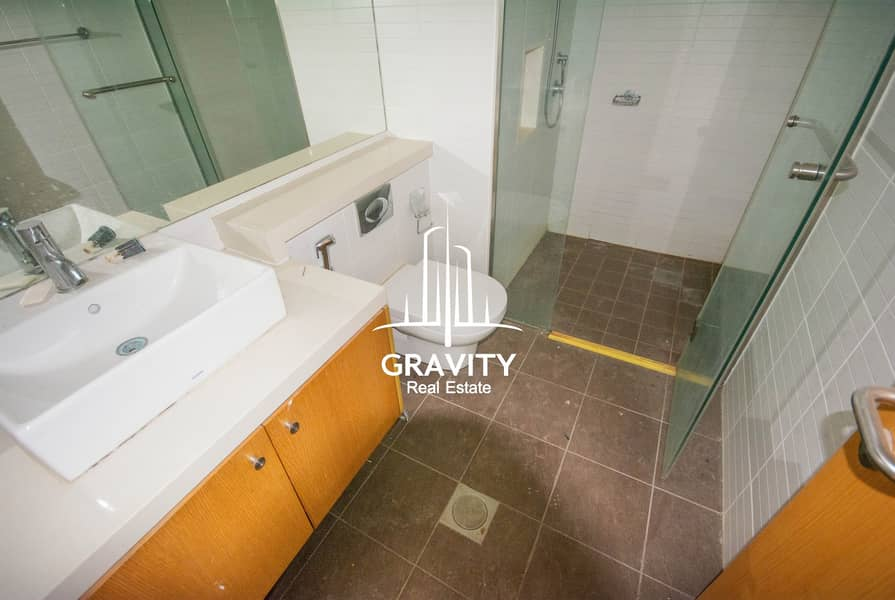16 Luxurious Apt W/ Canal View   Ideal for investors