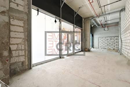 محل تجاري  للايجار في الخليج التجاري، دبي - 35 KW Power | Shop in Business Bay | Rent
