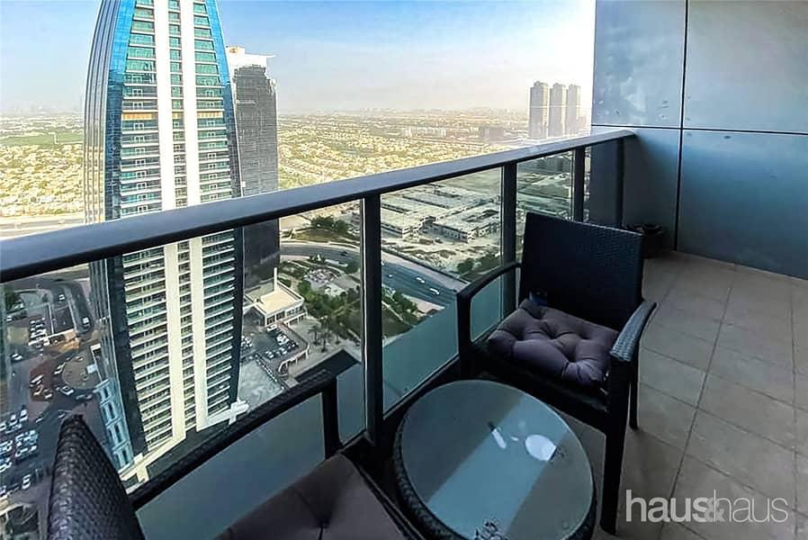 10 2 Bed | High Floor | Vacant | Lake Views
