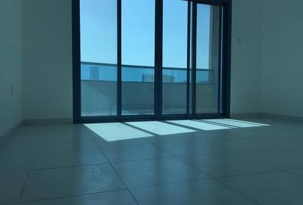 Hot Deal! 3bhk Sea view for sale in Falcon Tower