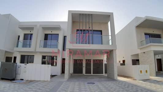 تاون هاوس 3 غرف نوم للبيع في جزيرة ياس، أبوظبي - تاون هاوس في ياس ايكرز جزيرة ياس 3 غرف 3100000 درهم - 4744027
