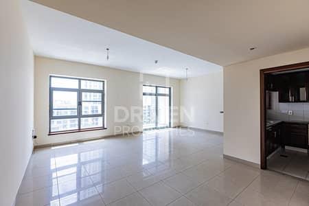شقة 2 غرفة نوم للايجار في ذا فيوز، دبي - Amazing 2 Bedroom Apartment with Lake Views