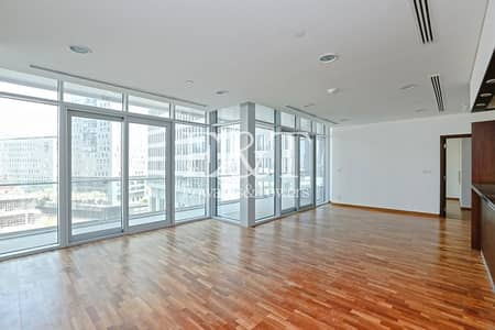 3 Bedroom Apartment for Sale in DIFC, Dubai - Vacant apt | Low Floor | DIFC/City view