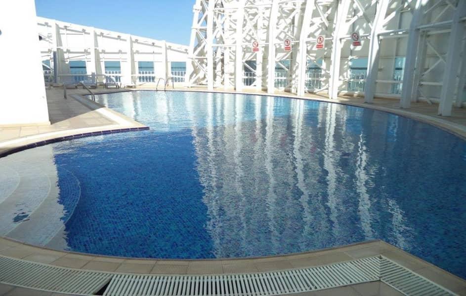 8 High Floor Duplex Unit With Sheikh Zayed View